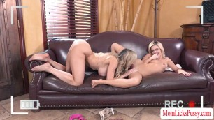 Gorgeous MILF Brandi licks and fingers Bellas teen pussy