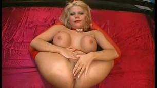 Wonderful Blonde Jasmin Jordan GGG Schluck Puppen1