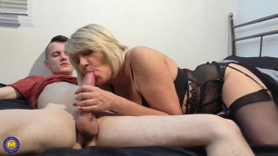 Amy mature woman in black lingerie fucks with a guy