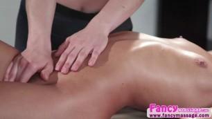 Kasey and Tara hot pussy licking