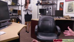 Hot babe Victoria decides to sucks and fucks pawman for laptop