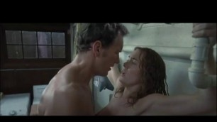 Appealing Woman KATE WINSLET NUDE SEX SCENE WHILE DOING LAUNDRY