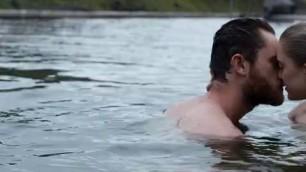 Mysterious Actress Maika Monroe nude Bokeh 2017