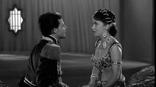 Exciting Gina Lollobrigida nude Les belles de nuit 1952