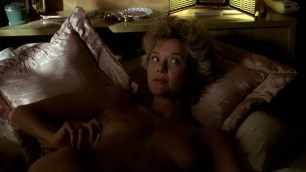 Sexy Annette Bening nude The Grifters 1990
