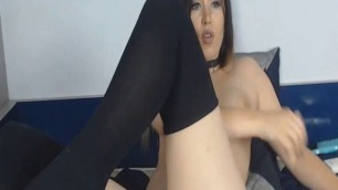 Pretty Babe Fucks Her Pussy With Her Fingers And Toy