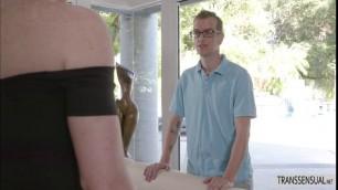 T-babe Natalie Mars hard anal bang with poolboy Chad