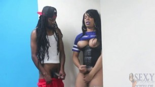Chocolate Tranny Workout Shemale eat cum in gym