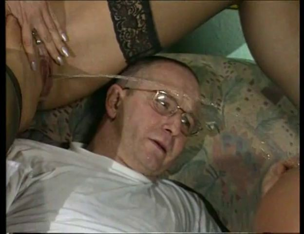 body russian orgasm big natural milf thumbs one the