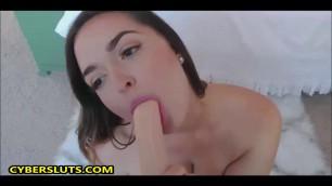 Uber-Sexy Pussy Pleasure On Webcam
