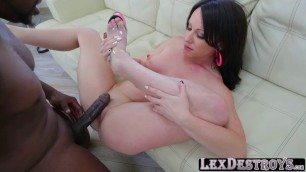 Alluring big tits Jennifer White auditions and gets banged in the ass