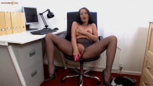 Sexy Marlyn Pantyhosed Secretarial Frustration