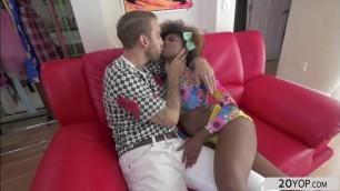Hot ebony teen Daizy Cooper recieves a great pussy fuck