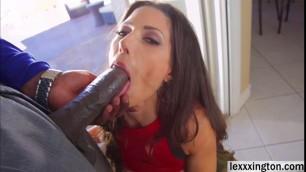 Beautiful babe Alexa Tomas tongues a big black cock