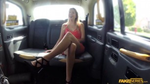 Hot babe Daphne flashes her pussy and fucks in the taxi