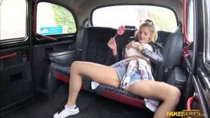 Candy Alexa spreads pussy in the taxi
