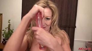 Depraved Mature Woman Rachel Woodbury fucks her pussy dildo