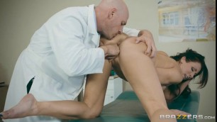Smart Doctor Johnny Sins Thinks How To Fuck Him New Sexy Patient Reagan Foxx