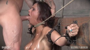 syren de mer her wet body is chained to the wall SexuallyBroken