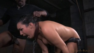 Paisley Parker smooth wet pussy SexuallyBroken