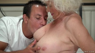 Norma & Rob Loves Pussy