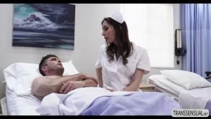 Tranny Korra Del Rio fucks her patient