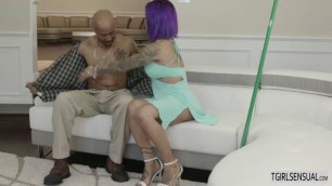 Lustful Ts Foxxy gets a big throbbing cock up her ass