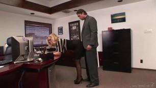 Nicole Aniston girl seduced video – Secretary