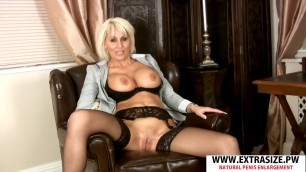 Experienced Step Mom Jan Burton Gives Handjob Well Young Step son