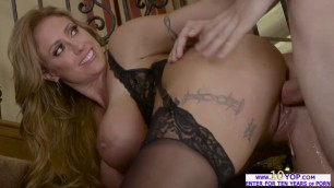 Sexual Milf Eva Notty in a horny night of lust with Jordi