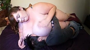 Thick Woman Lexxxi Luxe And The Little Guy