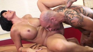 Shay Fox - Fucks a man on a massage table