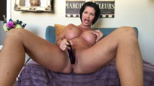 Shay Fox - Black dildo in her pink pussy