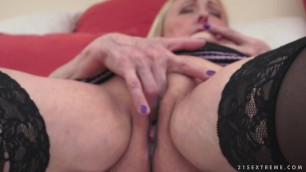 03 Sila & Leslie Taylor mature milf granny Granny Cool