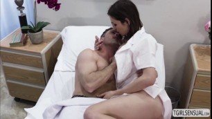 Beautiful shemale Korra Del Rio climaxes in deep anal sex