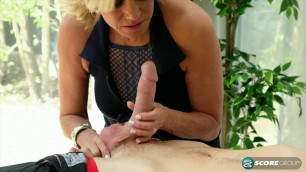Payton Hall & Johnny mature MILF old&young