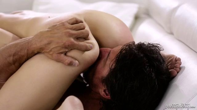 The Stepdaughter Wants To Fucked By Her Stepfather While Mother Gone Tommy Gunn - away,bitch,blonde,blowjob,caught,couch,cuckold