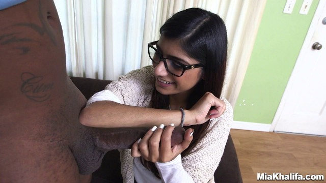 MiaKhalifa - Alluring Girl Mia Khalifa Tries A Big Black Dick
