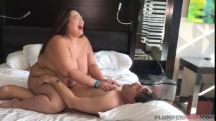 Plumperpass Calista Roxxx And Mischievous Kitty Calistas Sex Party Xhamst