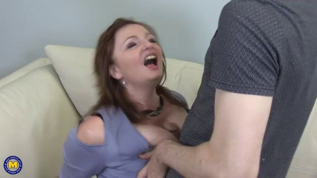Lady Ava Seduces Her Virging Stepson To Be His First Hd My Brothers Dick Is Huge