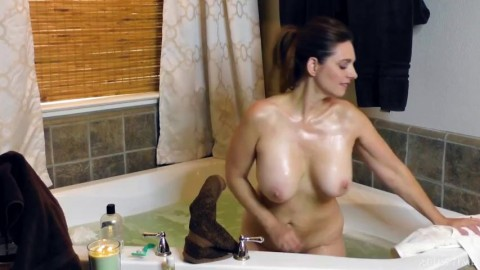 Mindi Mink Shower With Mindi Mink Hd Slutty Mom