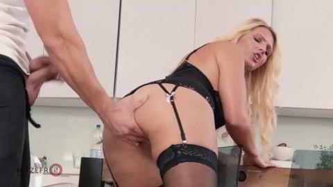 Tatjana Young The Hot Curvy Queen HD Big Booty Sluts