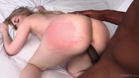Emma Starletto Bubble Butt Emma Vs Isiah Beautiful Pussy