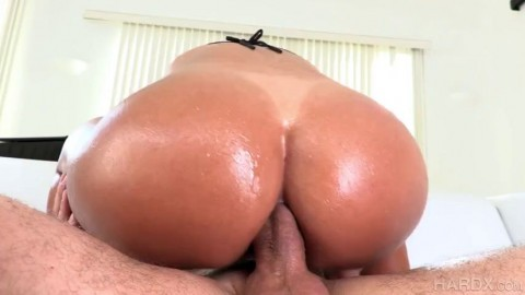 Liv Revamped - Big Booty Babe Loves Anal! 2021.htm