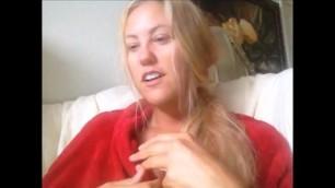 amatory video hot milf blonde posing on web camera