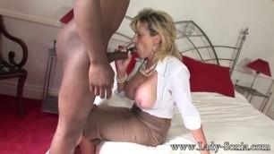 Mature White Women Lady Sonia Takes Black Cock Creampie