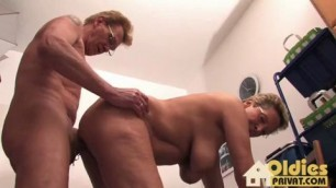 Couple aged show hot sex on camera