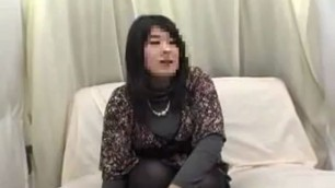 Alluring Oriental girl changes clothes and exposes