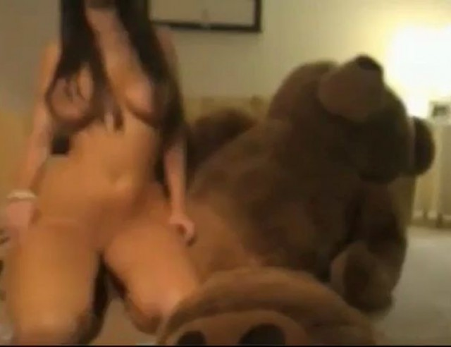 Busty Chaturbate Keira Girl Fucks Teddy Bear
