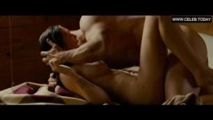 Appealing Elizabeth Olsen Explicit Sex Scenes Big Boobs Topless Oldboy 2013